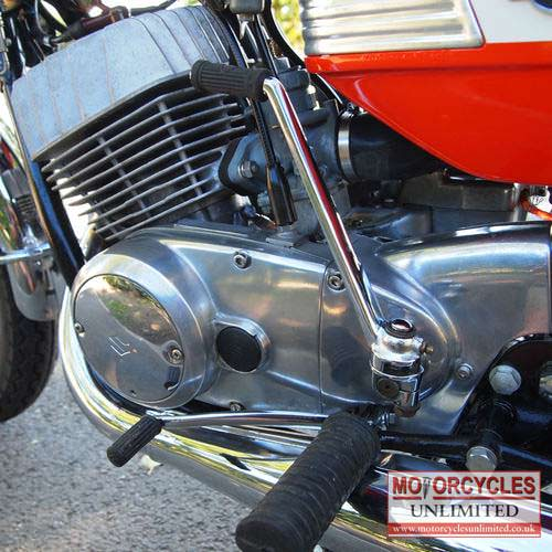 Classic-Japanese-Motorcycles-for-sale-17