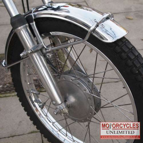 Classic-Japanese-Motorcycles-for-sale-19