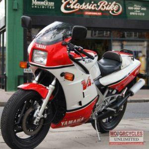 1985 Yamaha RD500LC YPVS For Sale (1)
